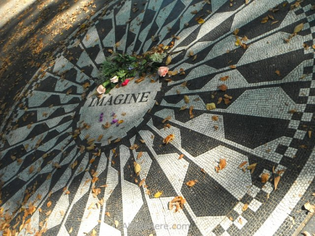 strawberry-fields-the-monument-tribute-to-john-lennon