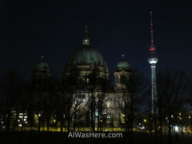 catedral-y-torre-de-telecomunicaciones-berlin-alemania-cathedral-and-telecomunication-tower-germany