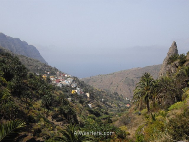 hermigua-valley-la-gomera-canary-islands-spain-cascada-valle-islas-canarias-espana