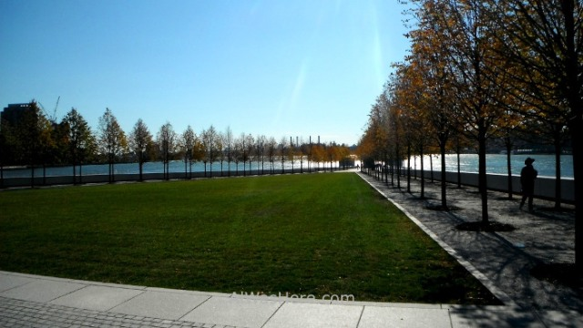 NUEVA YORK ROOSEVELT ISLAND 11. Four Freedoms Franklin d Roosevelt Park parque park New York City