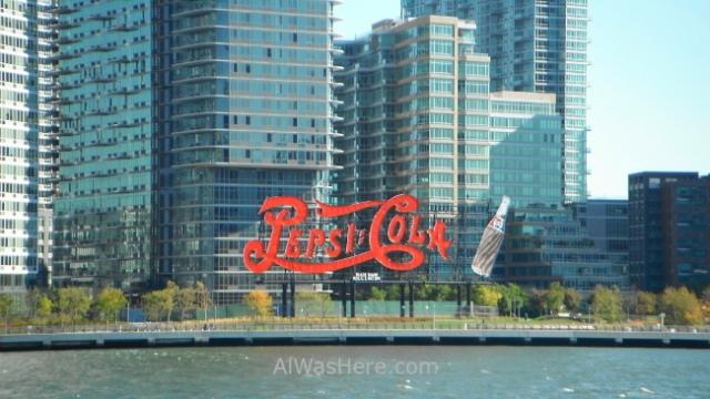 Roosevelt Island. Cartel de Pepsi en Queens