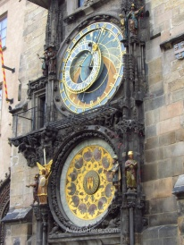 Con el Reloj Astronómico