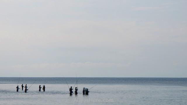 BALI pescadores en la playa de Padang Padang fishermen beach