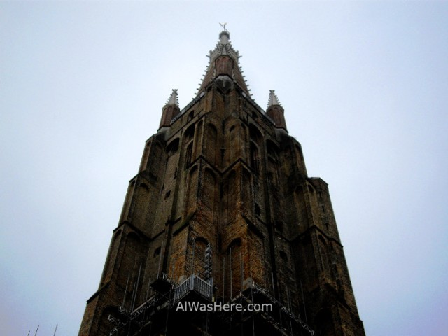 4-torre-de-la-iglesia-de-nuestra-senora-brujas-belgica-tower-church-our-lady-bruges-belgium