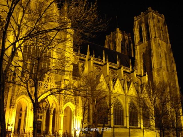 catedral-de-san-miguel-y-santa-gudula-bruselas-sts-michel-brussels