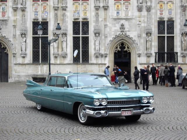 coche-antiguo-brujas-belgica-old-car-brugges-belgium