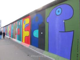 El famoso mural de Thierry Noir a finales de 2012