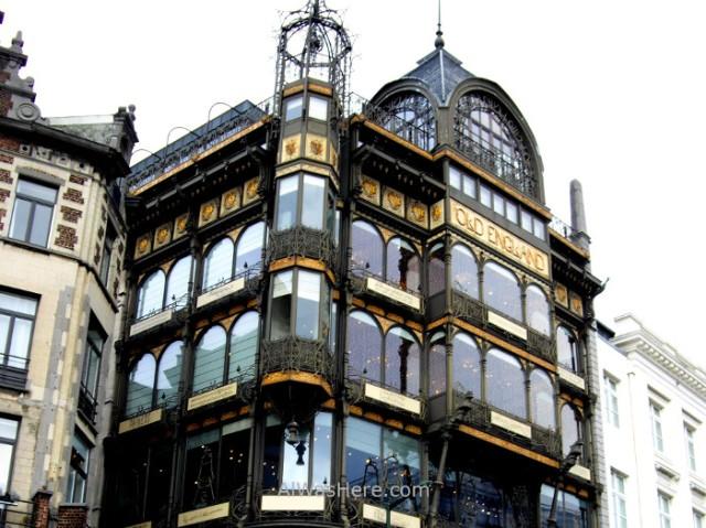 edificio-old-england-museo-intrumentos-musicales-bruselas-belgica-building-musical-instruments-museum-brussels-belgium