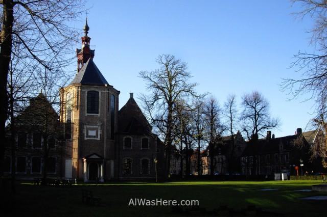 4. Begijnhof de Santa Isabel Gante Belgica. St Elisabeth Ghent Belgium