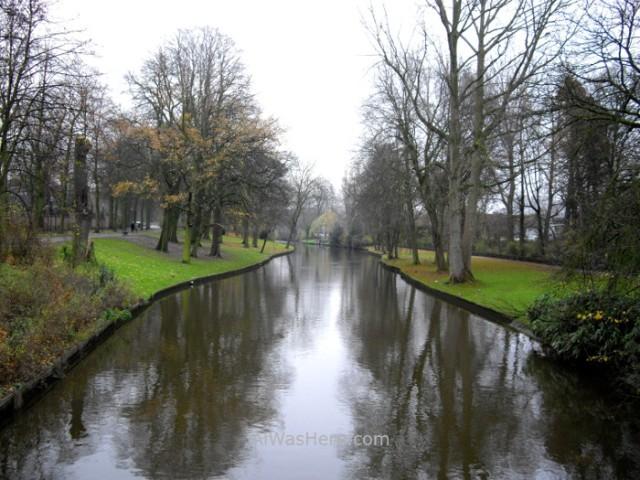 9-el-canal-que-rodea-el-centro-historico-brujas-belgica-historical-center-bruges-belgium