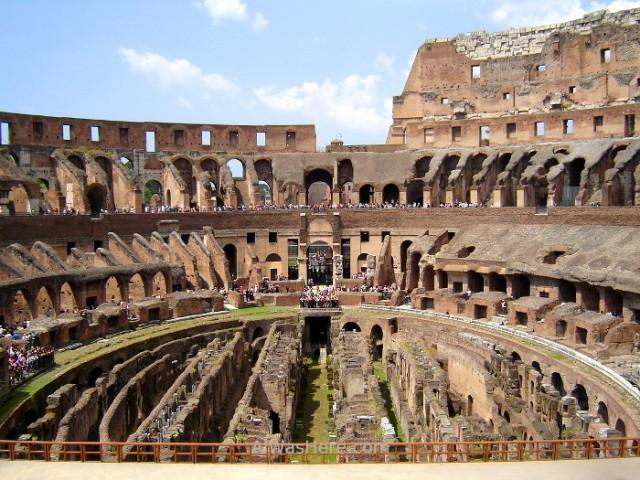5-interior-del-coliseo-roma-italia-coliseum-rome-italy