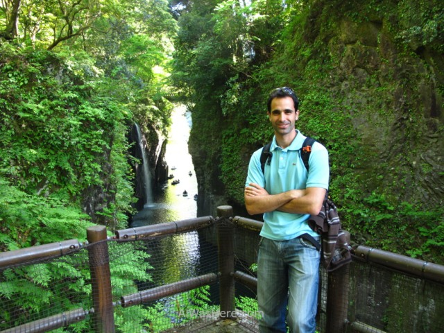 con-la-garganta-de-takachiho-in-takachiho-gorge
