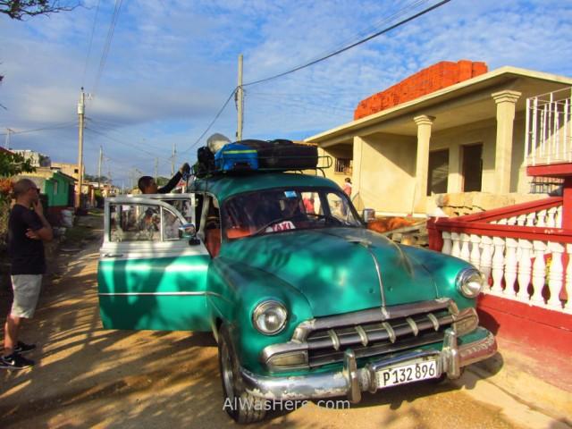 0. Taxi colectivo coche antiguo americano Cuba. Old car