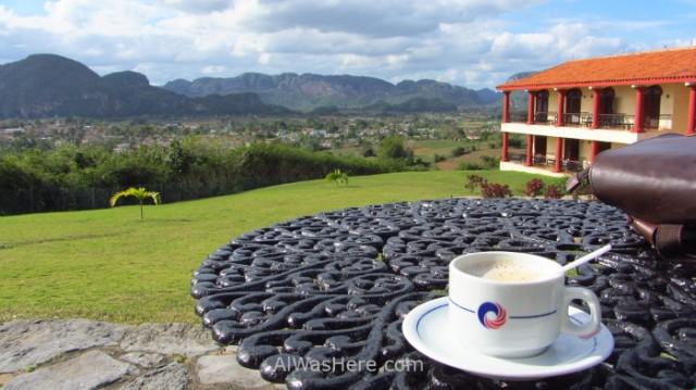 8. Hotel La Ermita vista Valle Viñales Piscina Cuba. view Vinales valley swimming pool