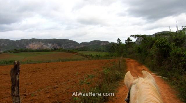 Viñales 5.1 adentrándonos en el Valle de Viñales, Cuba. Vinales Valley