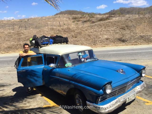 2. Taxi colectivo coche antiguo americano Cuba. Old car (2)