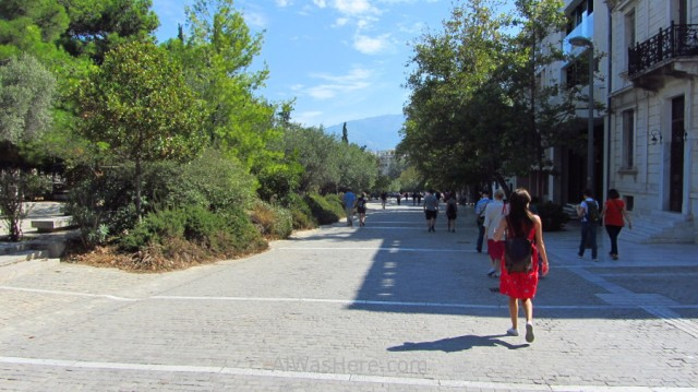 Atenas 0. Paseo peatonal alrededor de la Acrópolis. walking path around, Athens