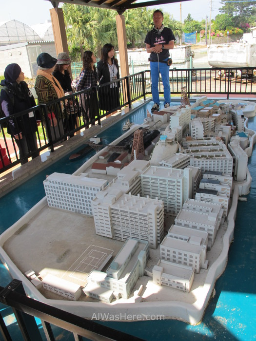 Hashima 2. Gunkanjima. maqueta que representa 1974. Nagasaki, Japon. model Japan
