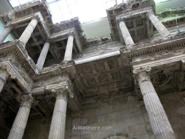 PERGAMO MUSEO 6. detalle puerta mercado Mileto, Berlin, Alemania. Pergamon museum, detail market gate Miletus Germany