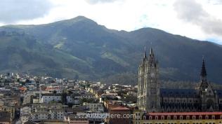 Basílica del Voto Nacional, Quito