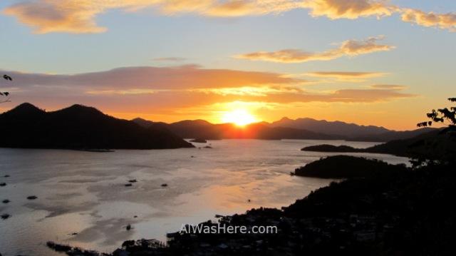 Coron town 7. Vista desde Monte Tapyas puesta de sol Pueblo Palawan, Filipinas. Sunset view Mount Philippines