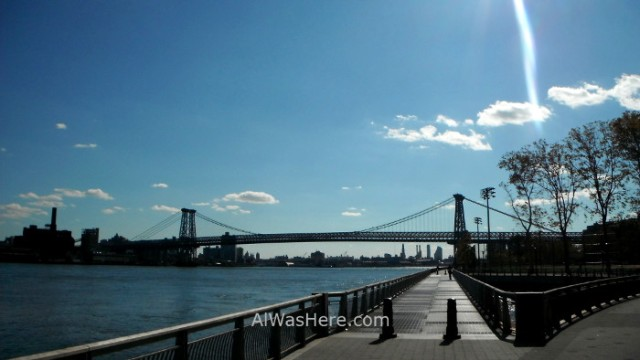 Nueva York running 11. Williamsburg Bridge East River Bikeway. New York City