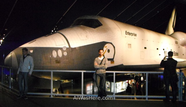Nueva York Museo intrepido mar aire y espacio 10. Transbordador espacial Enterprise. Museum air sea, space, ship