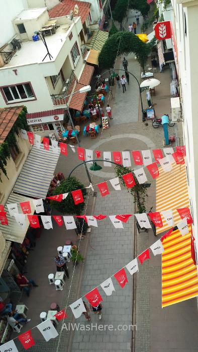 SELÇUK 7. Calle peatonal. Pedestrian street