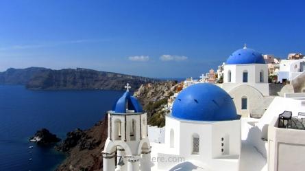 Cúpulas azules en Oia, Santorini