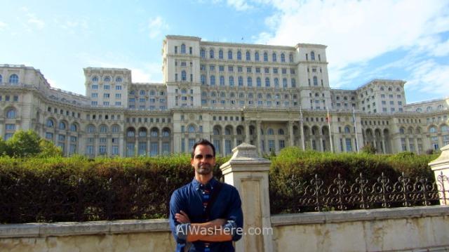 BUCAREST itinerario 8 Palacio del Parlamento Parliament palace, Bucharest Rumania. Romania