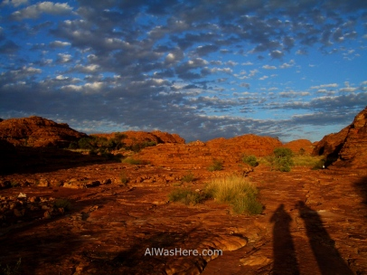 Kings Canyon al amanecer, Australia