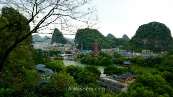 Vista desde la Colina del Brocado Doblado (Diecai), Guilin, China