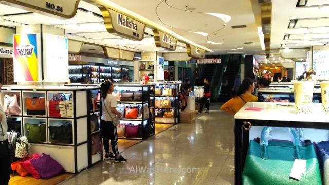 China 4 Mercado de la Perla Pearl Market bolsos marca falsificados fake brand bags