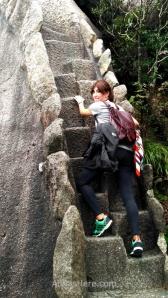 Los tramos de escalera pueden ser brutales. Éste es parte de la subida (o bajada) del Pico Celestial