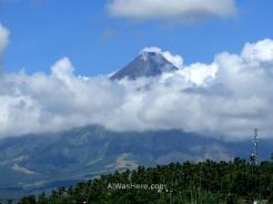 El Volcán Mayón, Legazpi