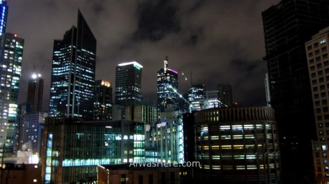 MAKATI información 1. de noche night rascacielos skyscrapers peligros dangers, Manila, Filipinas Philippines