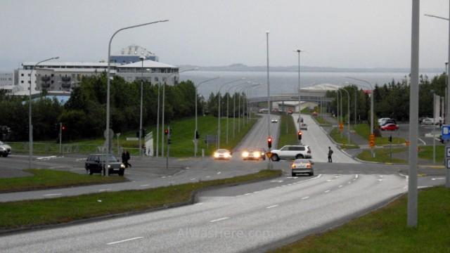 ISLANDIA TRANSPORTE 2. Iceland carreteras roads avenidas Reikiavik avenues Reykjavik