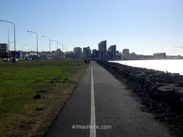 REIKIAVIK 1 carril bici shore walk bike lane Reykjavik Islandia Iceland