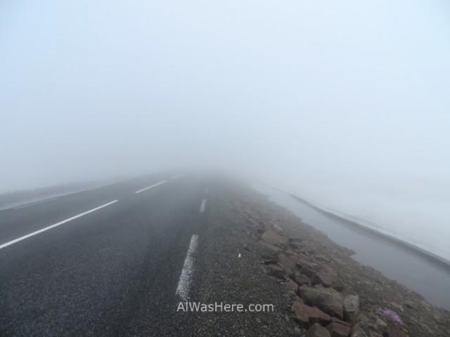 ISLANDIA 6. carretera con niebla foggy road Iceland