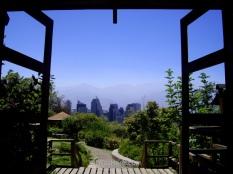 Vista del distrito financiero en 2008 desde el jardín japonés