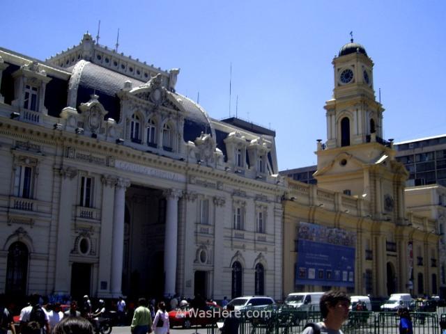 SANTIAGO DE CHILE 3. Plaza de Armas Correos Post office y Museo historico Nacional museum historical national