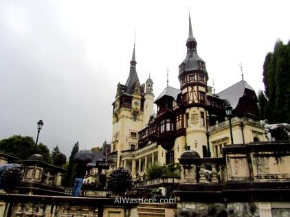 El Castillo visto desde las terrazas de su jardín