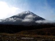 El volcán Ngauruhoe representó al Monte del Destino en las películas de El Señor de los Anillos de Peter Jackson, Parque Nacional Tongariro, Nueva Zelanda