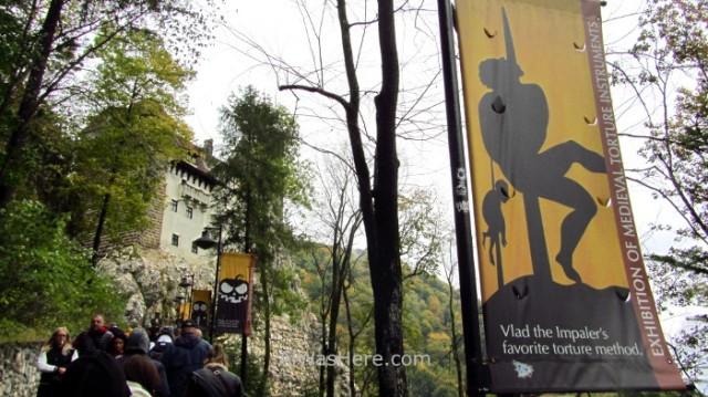 CASTILLO DRACULA 5 entrada entrance Bran Castle Transilvania Rumania Transylvania Romania
