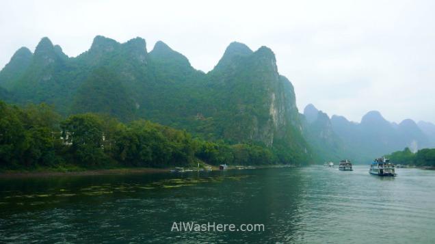 En Caopingxiang hay una famosa cueva, la Cueva de la Corona, que se puede visitar si recorremos la zona por nuestra cuenta