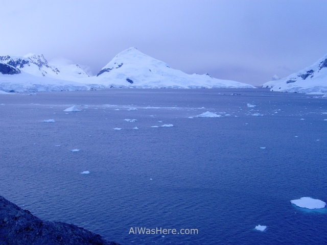 Antartida Puerto o Bahia Paraiso, Antarctica Paradise Bay (3)